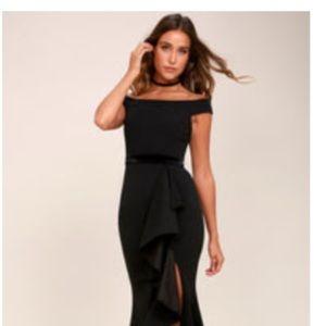 LULUS BRAND FORMAL DRESS SIZE MEDIUM, black.